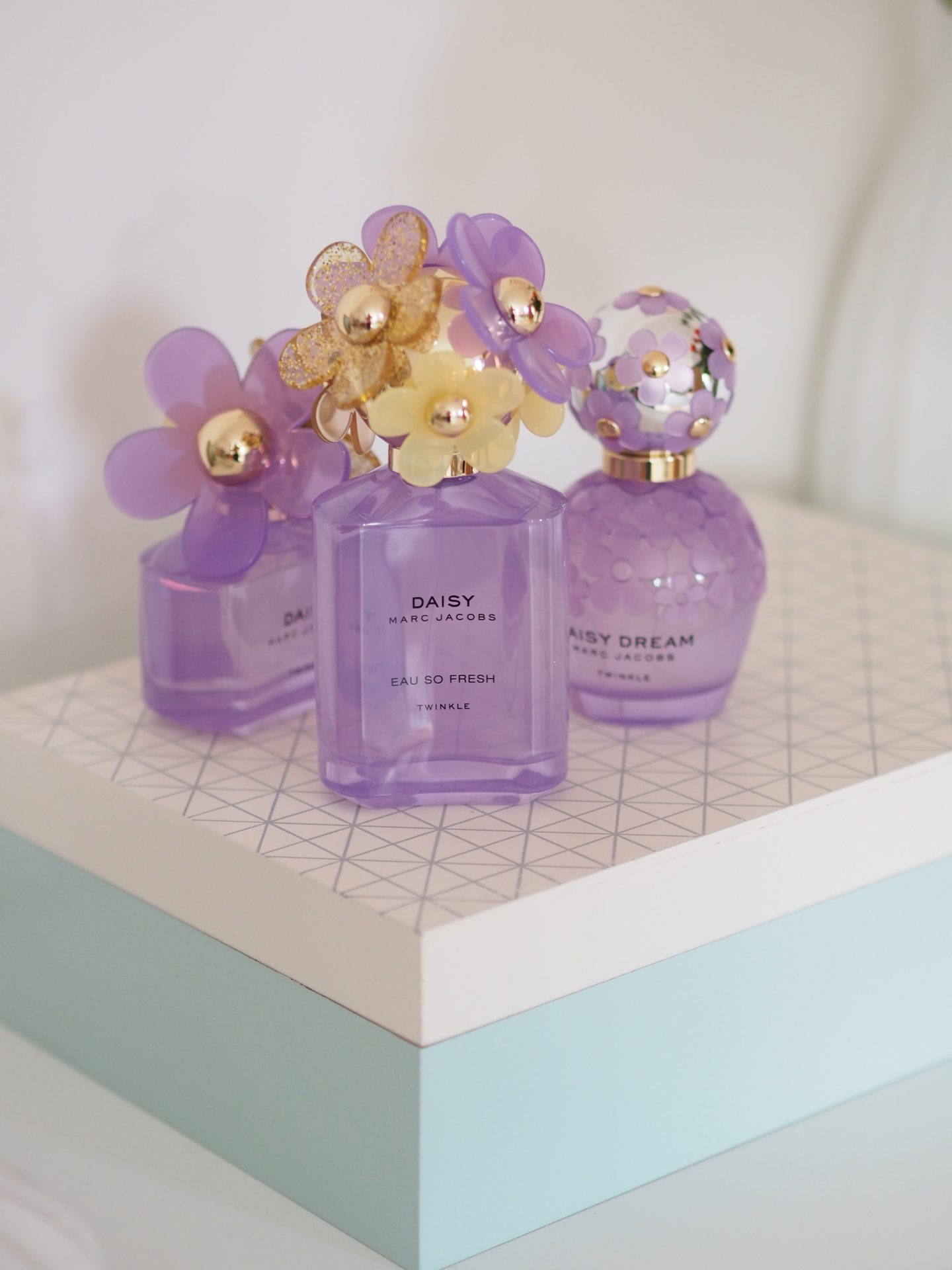 Marc jacobs daisy eau so fresh twinkle edition a beauty junkie in so whilst theres been a few variants of limited edition variants of the daisy family as with this one they often do versions across the whole daisy izmirmasajfo